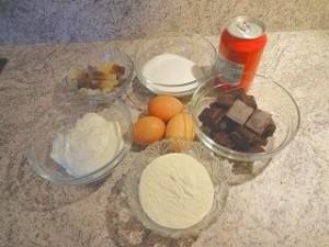 ingr%C3%A9dients 300x225 Le Choco Cola, le gâteau qui surprendra vos ados