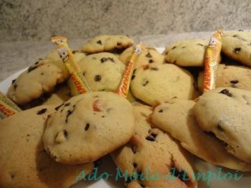 cookies au carambar nougat, pépites de chocolat et fruit confits