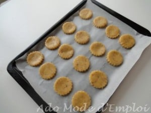 Préparation Sablés au chocolat blanc, pralin et Dragibus