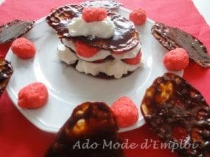 Mille-feuilles aux carambar® et bonbons fraises