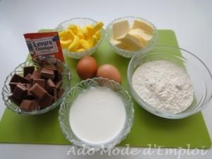 Ingrédients roulé au chocolat praliné et bonbons bananes