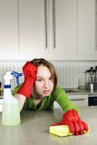 ado qui fait le ménage