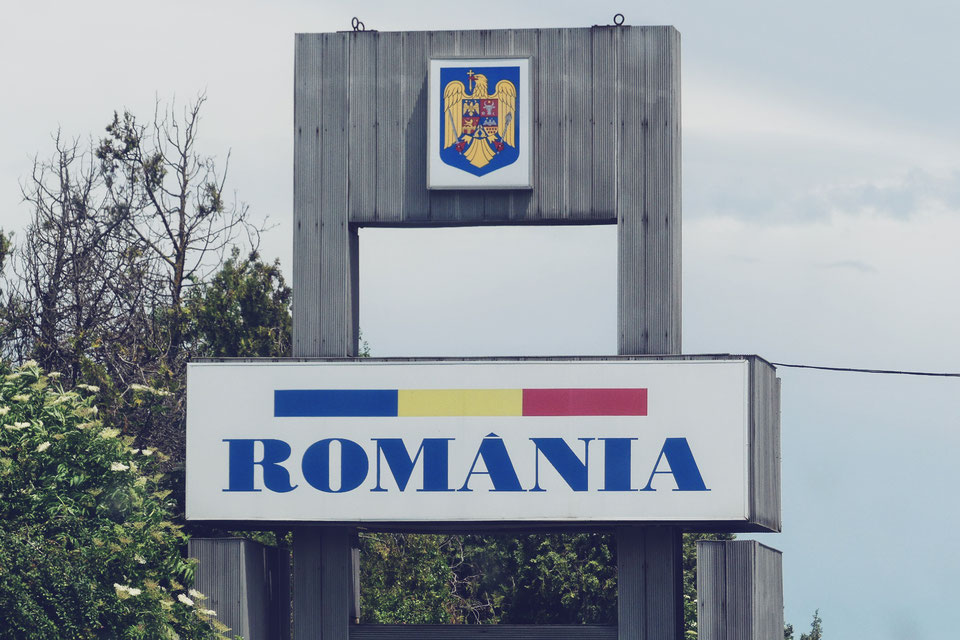 frontière roumaine voyage  scolaire